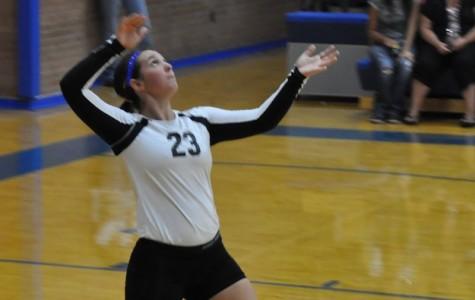 Bulldog Volleyball Team Begins Season