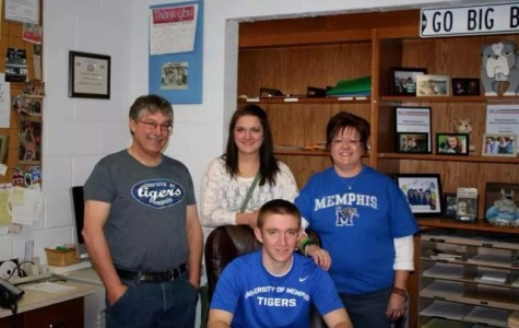 Rischling Signs With Memphis
