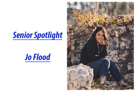 Senior Spotlight: Jo Flood